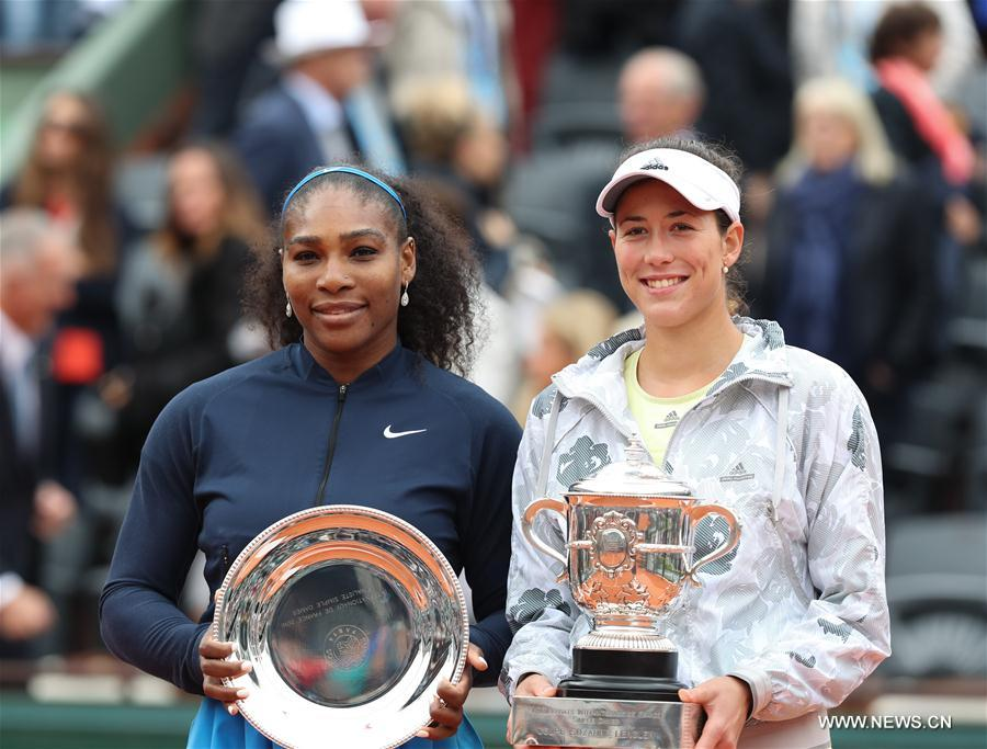 Garbine Muguruza bat Serena Williams et remporte Roland Garros