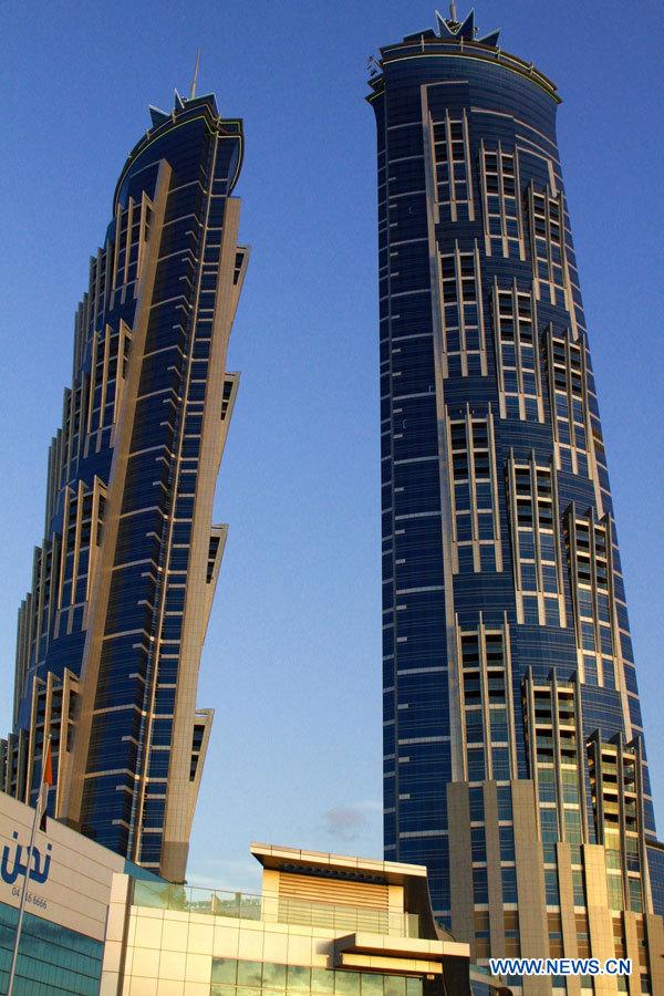 Le nouvel h tel de duba reconnu plus grand h tel du monde - Les plus grand port du monde ...