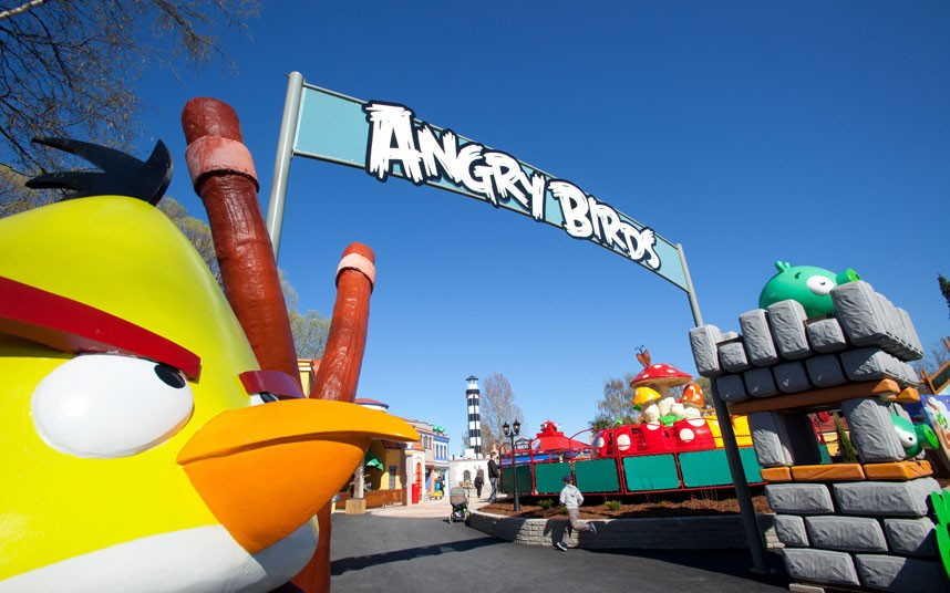 Un parc d'attractions Angry Birds en Finlande.